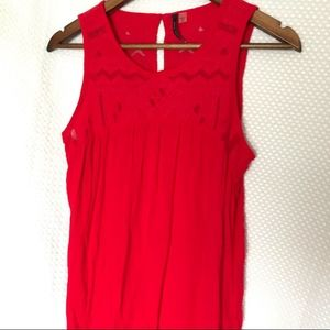 Tops - Size small red tank top - cute detail!!!
